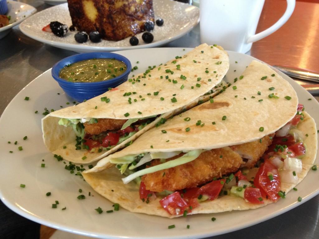 hangar b fish tacos